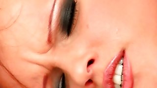 Teen Home Alone Dildoing For Orgasm