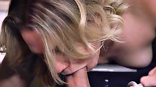 Mia Malkova Fucks On A Plane