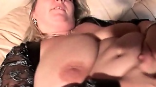 Huge Tits Bbw Mature Dildoing Her Wet Cunt