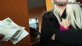 Real Amateur Eurobabe Yenna Pounded In Parking Lot