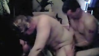 Authentic Homemade Wife Threesome