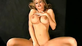 Julia Ann Virtual Fuck