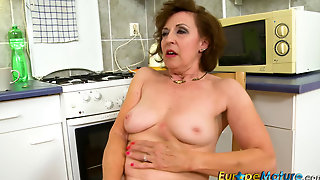 Fullhd, Europemature, Hd, Beranova, Fingering, Older, Self, Dana