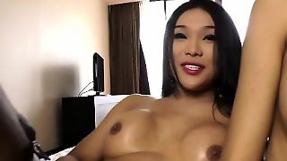 Tranny Shemales In Cumshot Party