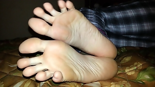 Darcy's Long Toes