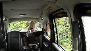 Dirty Anal For Chubby Milf In Taxi