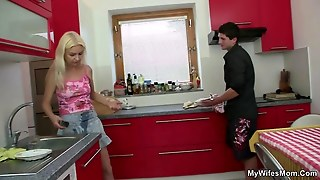 He Fucks A Milf Right At The Kitchen