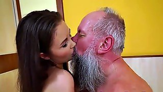 Old Mann And Young Porno