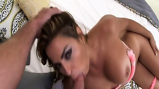 Huge Ass Babe Finger Fuck And Blowjob