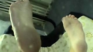 Welcome To Jessica's Feet (Feetsees Classic)