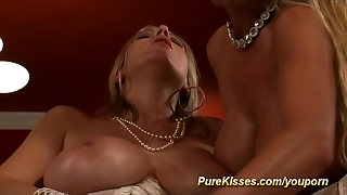 Busty Dame Fuck With Dildos
