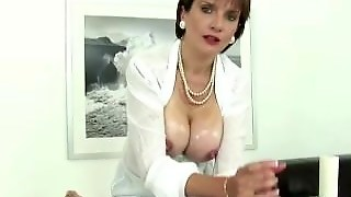 Busty Fetish Mature Bitch Gives Russian
