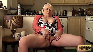 Bionde, Hd Tettona, Tettone Videos, Europee Videos, Mature Prosperose In