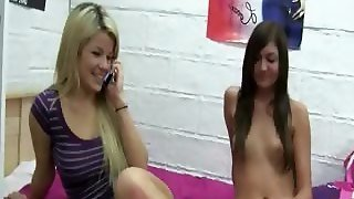 Horny Horny Lesbians Licking Pussies