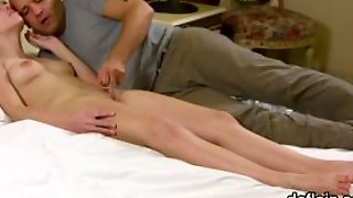 Lovely Girl Gapes Spread Crack And Gets Deflorated