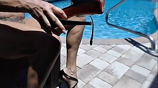 Piscina, In Solitaria, Milf In Piscina, Piccole In Webcam, Bordo Piscina