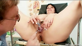 Plastic And Metal Speculums Look In Her Pussy
