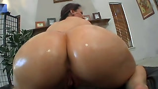 Jaw-Dropping Hottie Oils Up Juicy Ass In Arousing Bangbros Video