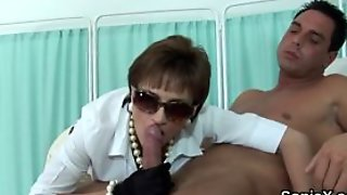 Adulterous British Milf Lady Sonia