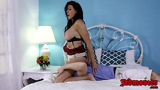 Cock Hungry Cougar Reagan Foxx Deepthroats That Young Meat