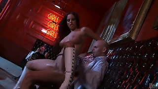 Brandy Aniston Has Blowjob Experience Of
