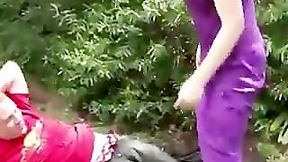 Real Outdoor Pissing Girlfriend