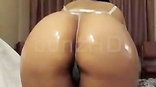 Huge Ghetto-Booty Oiled
