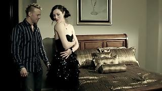 Stoya Gets Laid In Bed