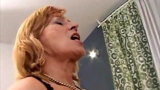 Mone Lady Is A Horny Maid