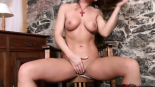 Brunette Stunner Silvia Saint Cant Live A Day Without Fingering Her Muff Pie