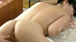 Gratifying Lovely Hottie With Massage
