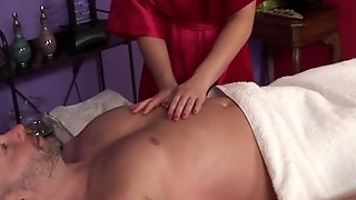 Aurora Snow - Massage Room