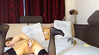 Sexy Babe Shows Her Pussy And Play It With Her Dildo