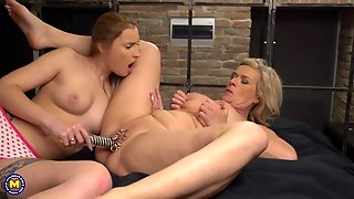 Sexy Blonde Mature Lesbian Gets Stuffed And Rimmed