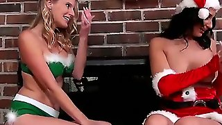 Amber Cox And Brianna Ray Are Having Superb Christmas Lesbian Party Together