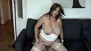 Chubby Young Milf Wants To Be A Porn Actress.