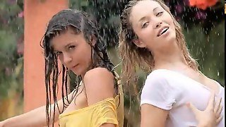 Smart Girls In The Rain Feature