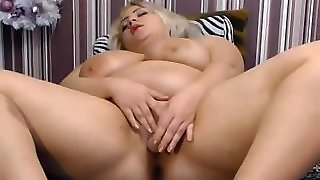 Blonde Bbw Is Squirting