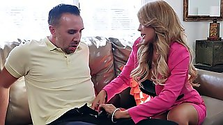 Busty Bombshell Kayla Kayden Seduces Keiran Lee