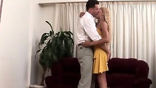 Anal Pounded Tgirl Facial