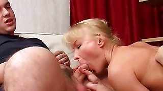 Russian Mom Gets Fisted And Double Fucked