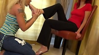 Wash My Feet For Me - Lesbian Feet Fetish