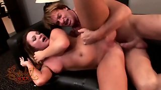 Dirty Minded Bitch Aurora Snow Gets Drilled Hard By Evan Stone