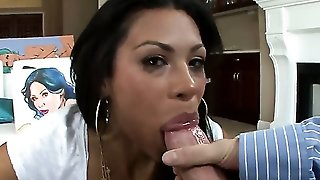 Milf Is Getting A Blow Job