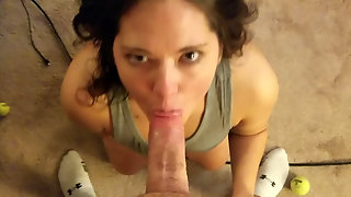 Sexy Amateur Cocksucker Takes A Messy Facial Like A Pro