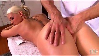 Masseur Finger Fucks His Sexy Blonde Client