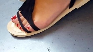 Red Teen Toes
