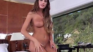 Wool Glam - August Ames