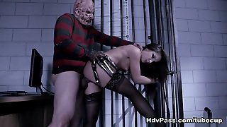 Giselle Leon In Giselle Blows And Fucks Freddy's Huge Boner