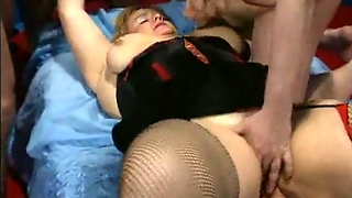 Plumper In Gangbang. Lots Of Cum!